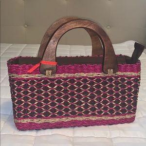Handbags - Woven straw handbag